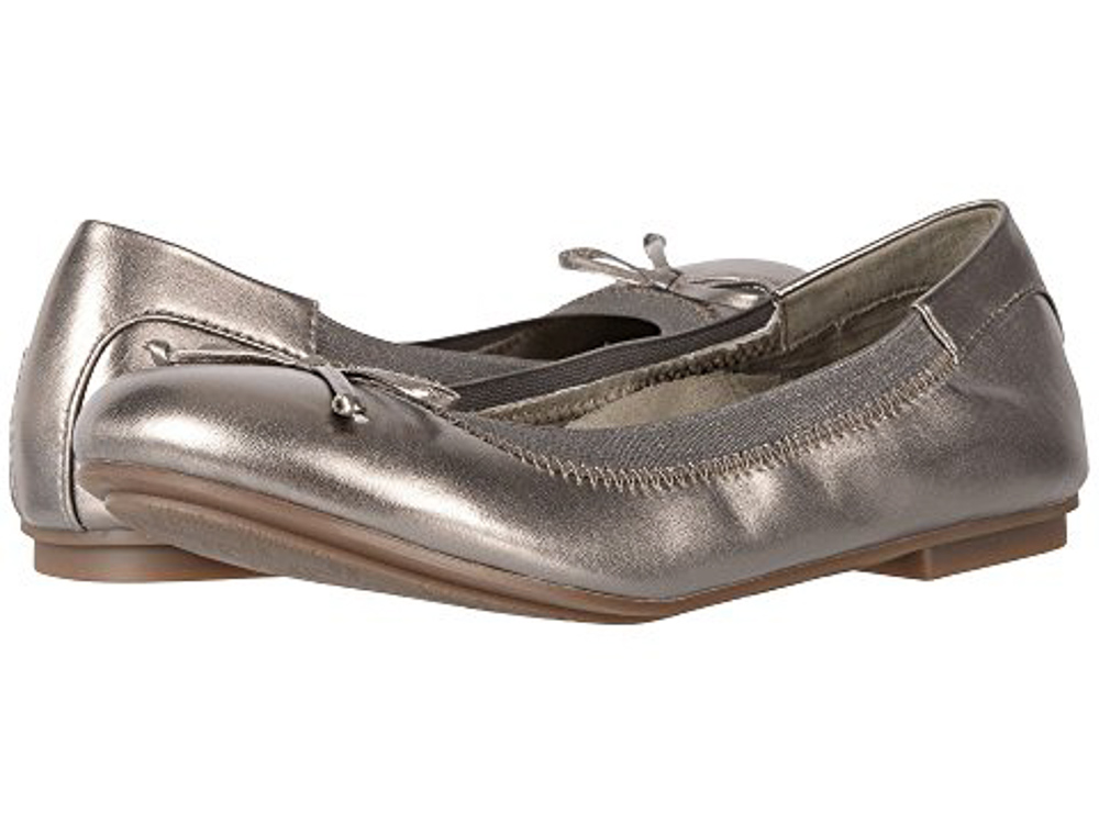 c745d8d1bb7 Think finding ballet flats with good arch support is impossible  Meet the  Vionic Matira. Developed by an Australian podiatrist to promote proper foot  and ...