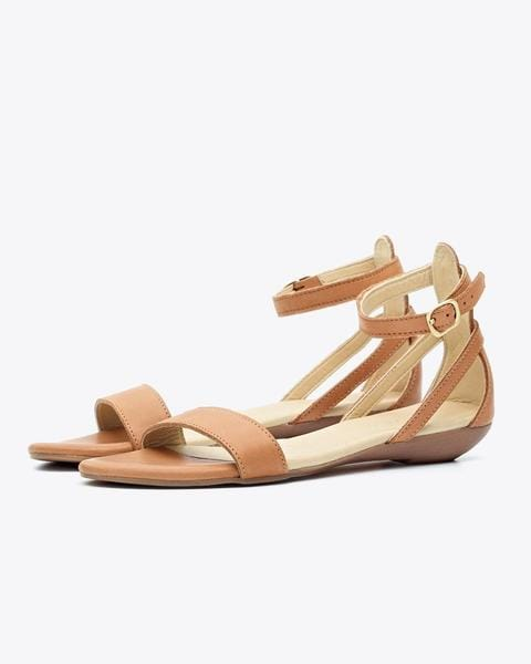 e1218a724c2b The Best Women s Sandals for Travel-Cute and Comfy Sandals for your ...